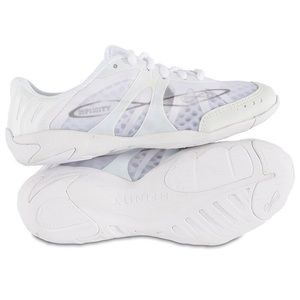 NWOT NFINITY Women Cheer Shoes